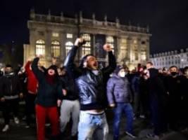 corona-proteste: in italien droht eine revolte