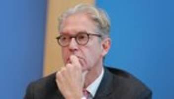 Kritik an Corona-Maßnahmen: Ärzte und Therapeuten drängen auf Strategiewechsel bei Covid-19