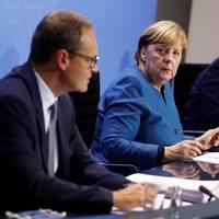 Beratungen zu Corona-Lage: Bundeskanzlerin Merkel über verschärfte Corona-Regeln: Wir müssen uns dieser Welle entgegenstemmen
