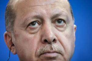 Satire-Magazin: Charlie Hebdo-Karikatur von Erdogan empört Ankara