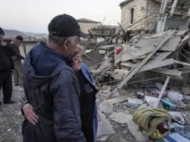 krieg in bergkarabach: gegenseitige vorwürfe zu splittermunition