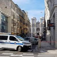 Mutmaßlicher Terrorangriff: Frankreich unter Schock: Drei Tote und sechs Verletzte bei Messerattacke vor Kirche in Nizza