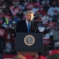 News von heute: Hacker stehlen Donald Trumps Republikanern 2,3 Millionen Dollar