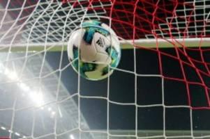 Fußball: Hertha gegen VfL Wolfsburg im leeren Berliner Olympiastadion