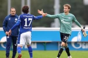 Bundesliga-Freitagsspiel: Schalke sehnt gegen den VfB das Ende der Sieglosserie herbei
