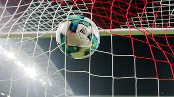 Hertha gegen VfL Wolfsburg im leeren Berliner Olympiastadion