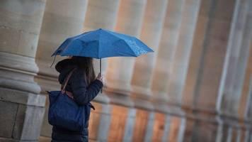 Windiger und nasser Donnerstag in Bayern - Wochenende sonnig