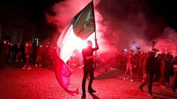 Corona-Krise in Italien: Wieder Proteste und Gewalt nach verschärften Regeln