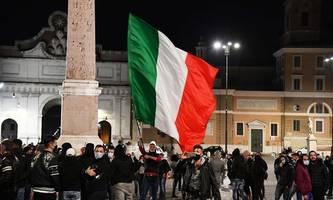 Italiens Premier schließt härteren Lockdown vorerst aus