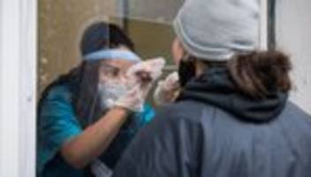 Corona-Krise: Mehr als 500.000 Fälle in Deutschland seit Pandemiebeginn registriert