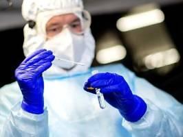 Neuer Negativ-Rekord: RKI meldet mehr als 18.000 Neuinfektionen