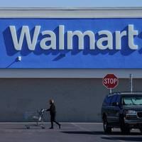 Kurz vor US-Wahl : Walmart räumt wegen Unruhen Waffensortiment aus den Regalen