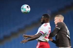 Bilder vom Hamburger Derby: HSV und St. Pauli kämpfen um die Stadtmeisterschaft