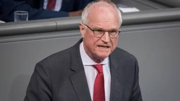 SPD-Politiker: Wer gut durch Corona-Krise kommt,  sollte Staat helfen