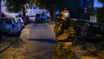 Lyon: Priester in Lyon durch Schüsse vor Kirche schwer verletzt