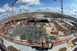 Flughafen BER: Baustelle mit erhöhtem Chef-Verschleiß