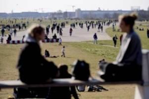 Wohnungspolitik: Senat: Artenschutz verhindert Bebauung von Tempelhofer Feld