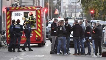 Frankreich: Priester vor Kirche in Lyon durch Schüsse verletzt
