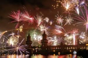 Feuerwerks-Debatte: Corona und Silvester: Kommt jetzt das Böller-Verbot?