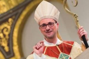 kirche: nach vorwürfen: erzbischof heße lässt amt beim zdk ruhen