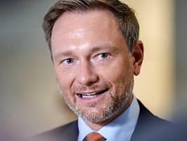 Interview mit Christian Lindner: Hygienekonzepte statt Falschparker kontrollieren