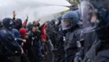 corona-proteste: nehmt die gefahr ernst!