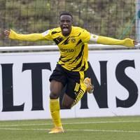 Borussia Dortmund: Endlich auf großer Bühne: BVB-Wunderkind Moukoko vor Bundesliga-Debüt