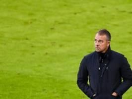Billiges Tor nervt FC Bayern: Hansi Flick verpokert und verteidigt sich