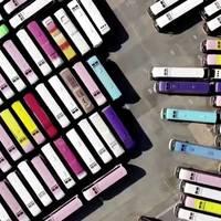 Corona-Pandemie: Friedhof der Reisebusse: Letzte Ruhe für treue Touri-Begleiter
