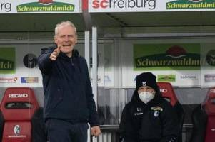 Freiburg-Coach Streich flucht über Schiri: Unfassbar