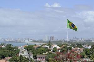 wütende proteste nach gewaltsamem tod von schwarzem in brasilien