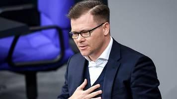 neues grünen-grundsatzprogramm - nach parteitag: spd kritisiert schwarz-grünen kuschelkurs