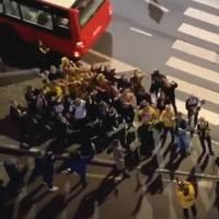 Feier in Norwegen: Kleiner Fußballverein wird überraschend Meister – Video der Quarantäne-Party geht um die Welt