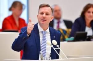 Landtag: Brandenburg will 2,8 Milliarden Euro neue Schulden aufnehmen