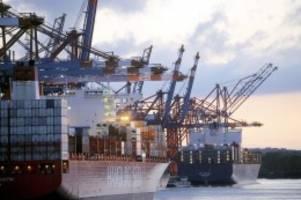 Corona-Krise: Umschlag im Hamburger Hafen: Weihnachten trägt zur Wende bei