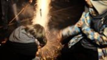 silvester-feuerwerk: baller baller