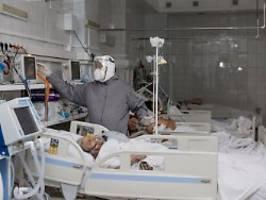 Höchststand bei Corona-Toten: Russland rätselt über hohe Übersterblichkeit