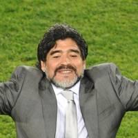 P. Köster: Kabinenpredigt: Zum Tod von Diego Maradona: Genie, Wahnsinn und die Sehnsucht nach dem großen Glück