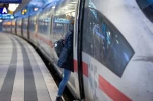 Corona-Krise: Zusätzliche Regeln bei Bahn - keine Reservierungspflicht