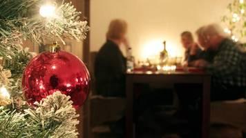 Kritik an Coronabeschlüssen: Der Staat hat zwischen Feuerwerk und Weihnachtsbraten nichts verloren