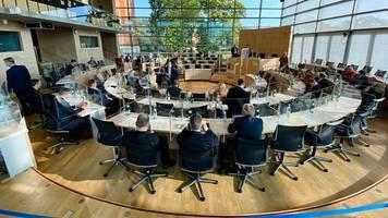 In Umfrage liegt CDU im Norden wieder klarer vor den Grünen