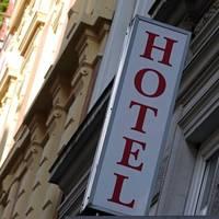 News zum Coronavirus: Laschet: Hotel-Übernachtung bei Familienbesuch zu Weihnachten möglich