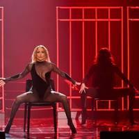 In The Morning: Sie lässt die Muskeln spielen: Jennifer Lopez posiert nackt für ihre neue Single