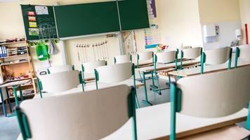 GEW-Kritik an Regelung zu Lehrerarbeit bei Corona-Fällen