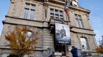 Nach Mord an Lehrer: Französische Justiz ermittelt gegen weitere Verdächtige
