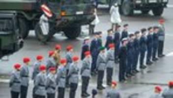 Bundeswehr: Soldaten sollen sich in extremistischer Chatgruppe ausgetauscht haben