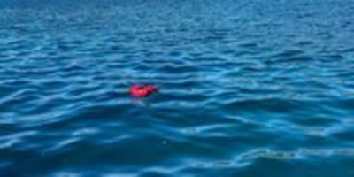 tödliche flucht nach samos: vater des opfers angeklagt