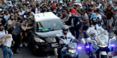 Diego Maradona beerdigt: Letzte Ruhe nach großem Chaos