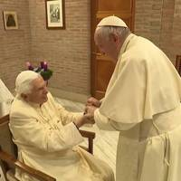 Benedikt XVI und Joseph Ratzinger: Papst trifft Papst zum 1. Advent