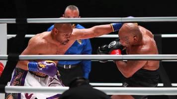Aggressiver Mike Tyson erkämpft sich Remis gegen Roy Jones junior